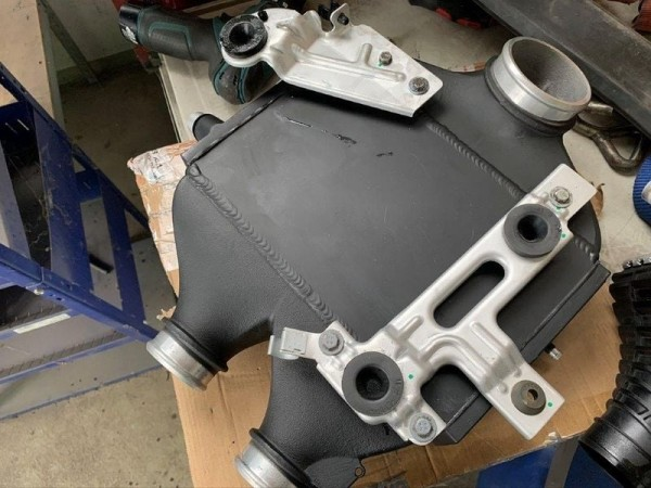 Performance Ladeluftkühler für BMW M3 F80